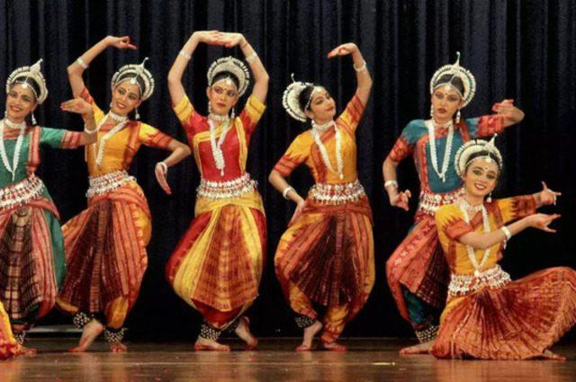 Индийский танец2